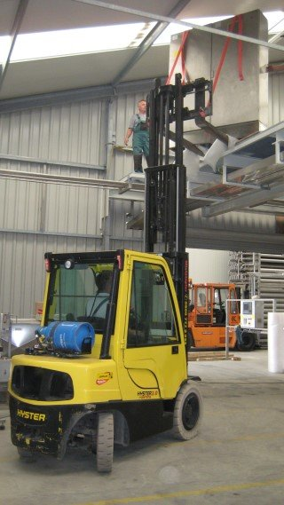 Machine dismantling & Shipping 1
