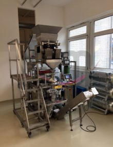 Used bag packaging machine including linear scale and thermal transfer printing 7