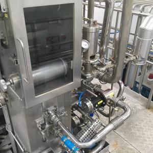tenemos una maquina de llenado usada Tetra Pak TBA 19 / 200 Slim