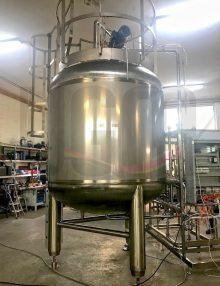 new 7000 liter sterile tank
